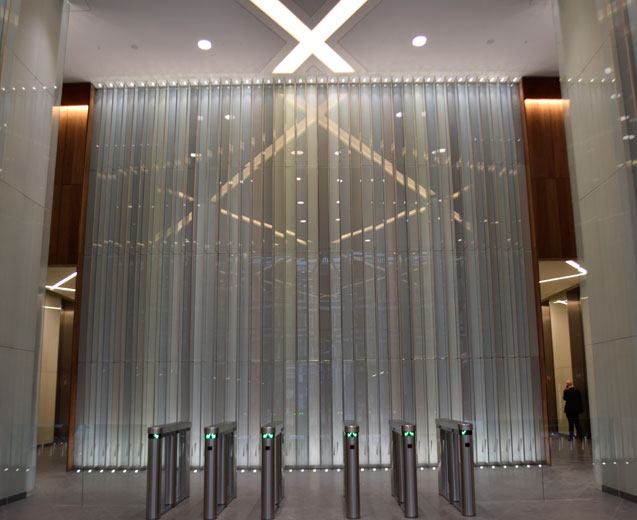 Laminated feature glass